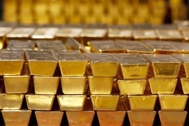 Harga emas kembali terkoreksi