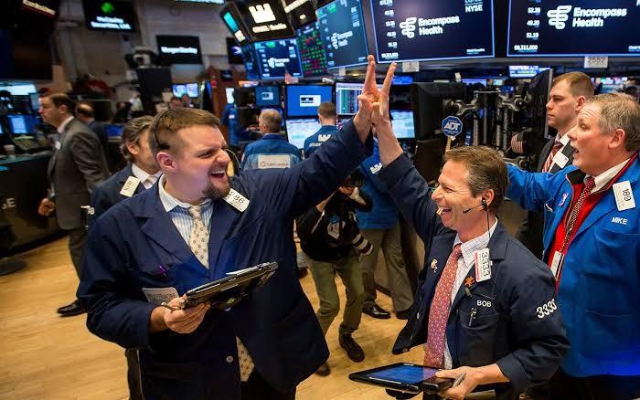 Harapan akan stimulus baru kembali muncul di Wall street