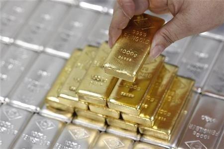 Emas Diperdagangkan Di Bawah MA 200-hari Untuk Pertama Kalinya Sejak Maret